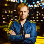 Armin van Buuren answers fan questions through asQme
