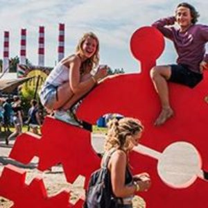 A Campingflight to Lowlands Paradise 2016 *OFFICIAL*
