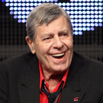 Jerry Lewis, Legendary Comedian and Philanthropist, Dies at 91; Chuck D, Questlove and More React